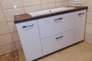 vonios baldai (1)